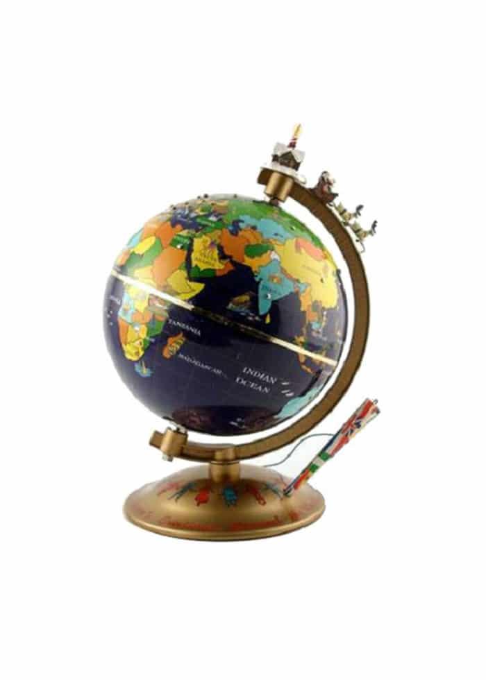 """Season's Greetings Around the World"" Globus"